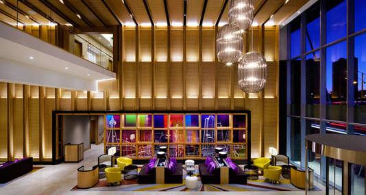 Delta-Toronto-Lobby_tbe_hotel_top_image