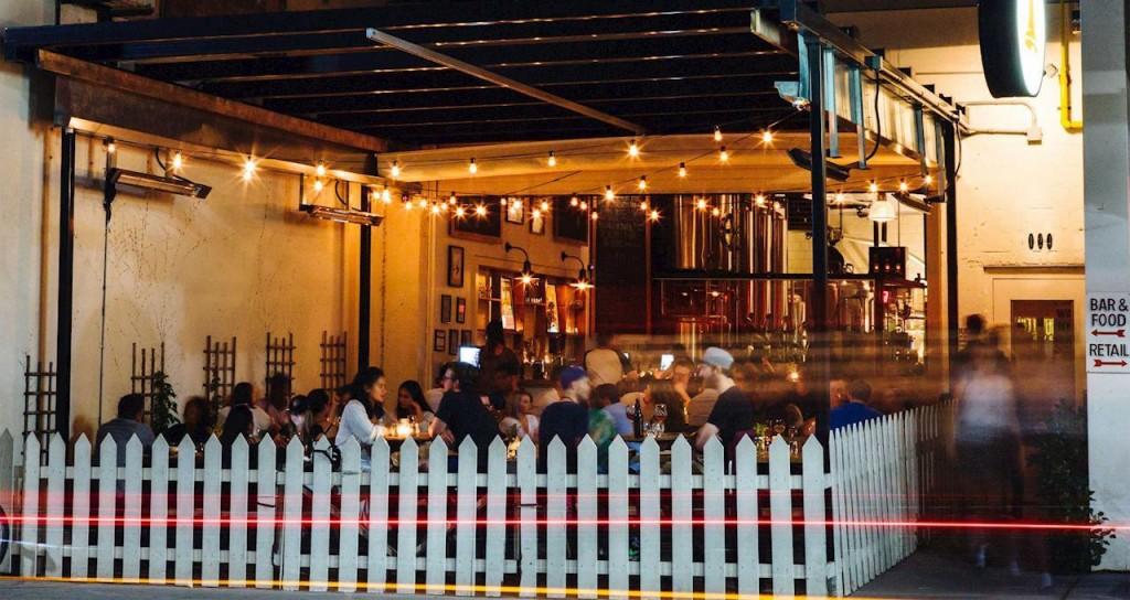 drink-toronto-bellwoods-exterior